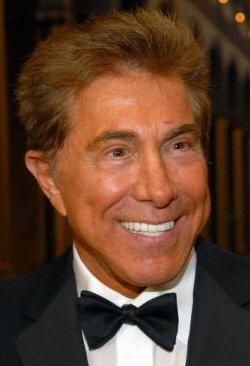 I\'m Steve Wynn. I own Las Vegas. I make folks want to scream OMG! FACELIFT!! \