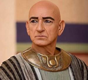 Ben Kingsley as Vizier Ay, adviser (and treacherous plotter)